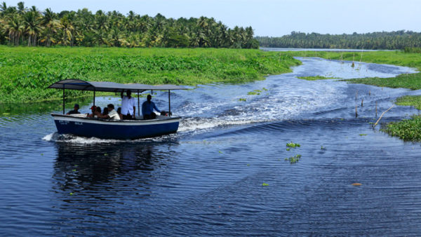 Aakulam boating and swimming pool