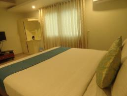 Plaza Premium Rooms